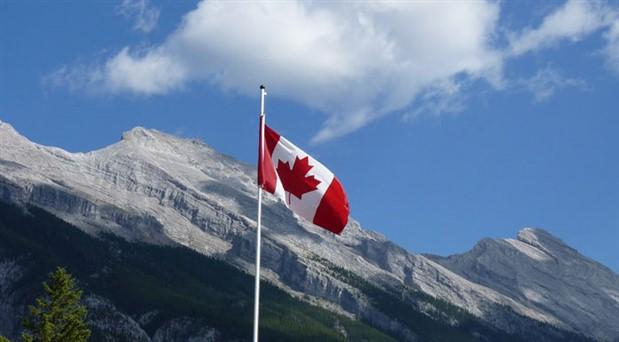 Kanada'da kamu görevlileri dini semboller kullanamayacak