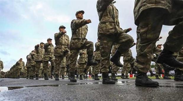 Cumhurbaşkanına 'askerlikten muaf tutma' yetkisi veren madde değiştirildi