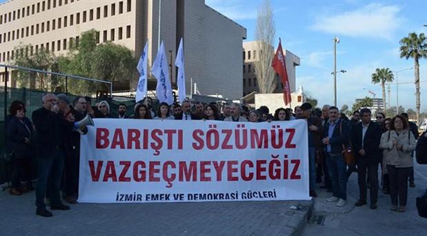 İzmir'de Barış Akademisyenleri'ne destek veren 88 kişiye dava açıldı