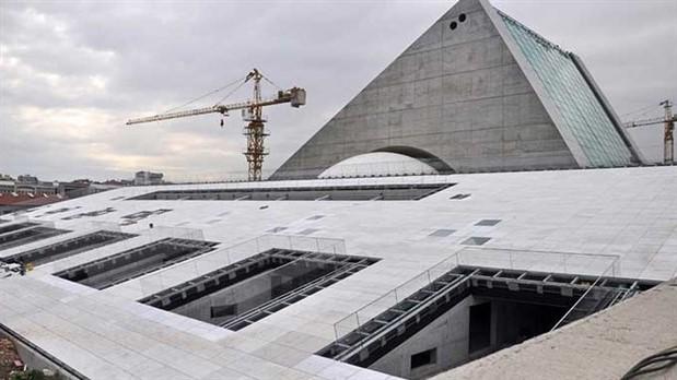 27 yıldır bitmeyen inşaat
