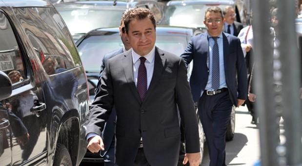 """""""Ali Babacan yeni parti kurmak için düğmeye bastı"""""""