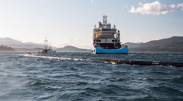 Pasifik Okyanusu'nda plastik atıklar için borulu önlem