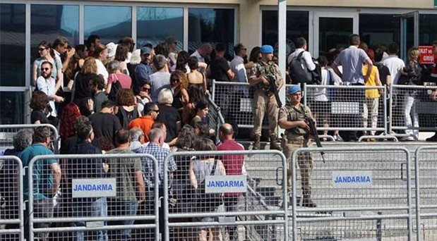 FETÖ'cü savcılar ve polisler hazırladı: Fantastik suçlamalar