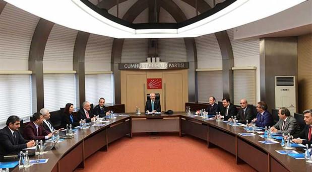 CHP MYK İstanbul sonuçlarını masaya yatırdı: Tarafsız Cumhurbaşkanlığı referandumuna hazırız