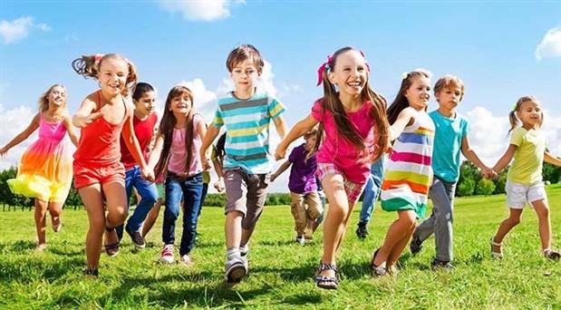 Doğrular çocuklara oyunlarla öğretilir