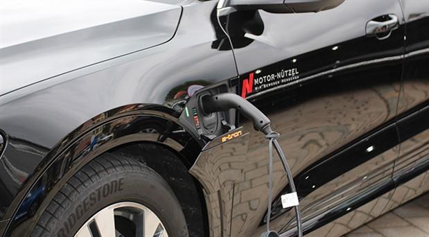 Elektrikli otomobillere 'gürültü yapma zorunluluğu' getirildi