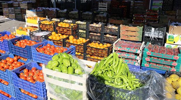 'Enflasyonu düşük göstermek için marketleri arayıp fiyatları indirttiler'