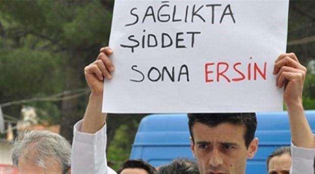 İzmir'de hekimlere saldırı