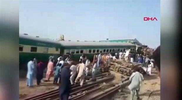 Pakistan'da tren kazası: En az 21 ölü