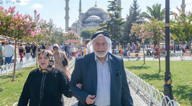 Avrupalı gelmiyor, Ortadoğulu akın ediyor