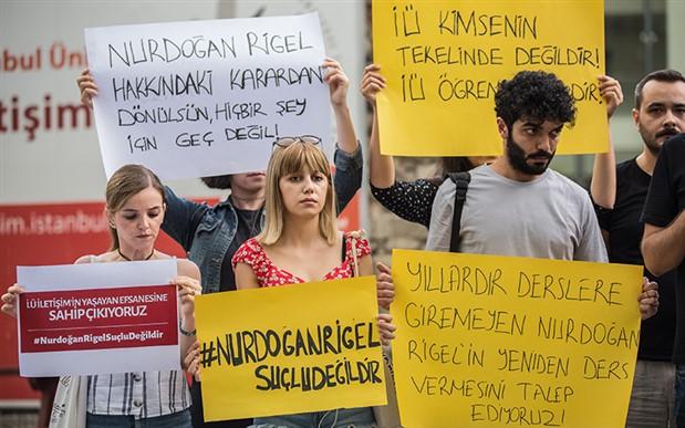 Prof. Dr. Nurdoğan Rigel'e öğrencilerinden destek