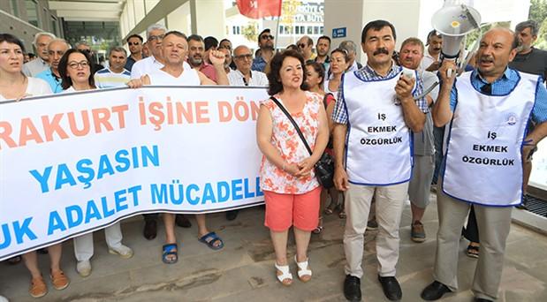 Yargı mücadelesini kazanan Karakurt, ihraç edildiği belediyeye davul zurnayla döndü