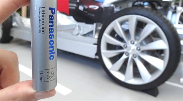 Tesla batarya çalışmasına başladı
