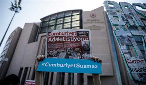 Yargıtay'dan Cumhuriyet gazetesi davasında beraat talebi