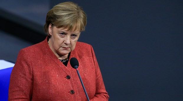 Merkel'den 'titreme nöbetleri' açıklaması