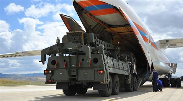 """""""S-400 satışı Türkiye'nin daimi NATO üyeliğine dair soru işaretleri doğuruyor"""""""