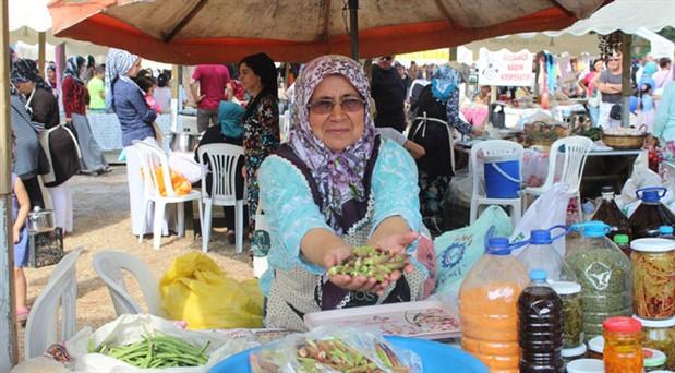 İzmir'de Pagos Üretici Pazarı açıldı