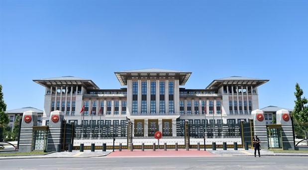 'Ülke ekonomik krizle karşı karşıyayken Saray'ın 5 aylık harcaması 1 milyar TL'yi aştı'