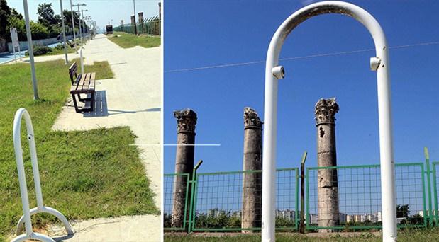 Antik kentteki tüm çöp kovaları çalındı