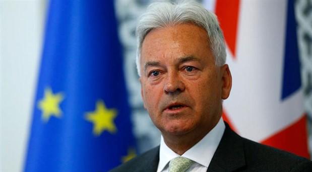 İngiltere'de AB Bakanı istifa etti