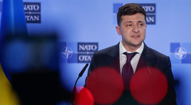 Ukrayna'daki erken genel seçimi Zelenskiy'in partisi kazandı