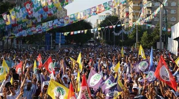 HDP'den çözüm süreci atağı: Önce halka gidilecek