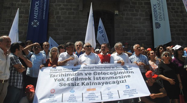 Meslek örgütlerinden Medipol eylemi: Seyirci kalmayacağız