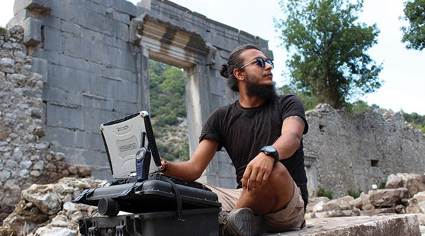 Olimpos'ta öldürülen arkeolog anısına kitaplık