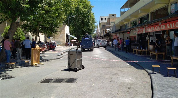 Urfa'da üzerinde canlı bomba düzeneği olan bir kişi gözaltına alındı