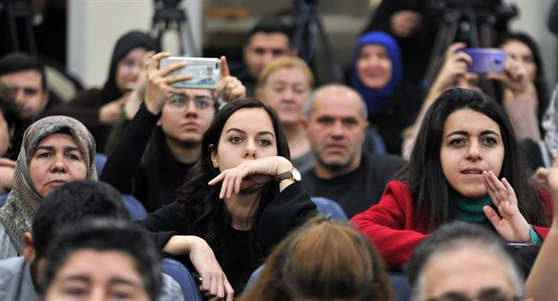 Atama bekleyen yarım milyon öğretmen varken, 20 bin atama yapıldı