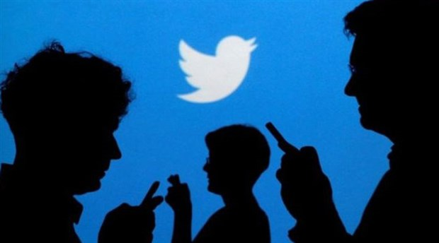 Annesi telefonuna el koyunca akıllı buzdolabından Twitter mesajı gönderdi