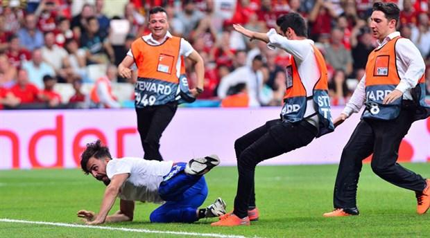 Süper Kupa maçında sahaya giren YouTuber adli kontrol şartıyla serbest bırakıldı