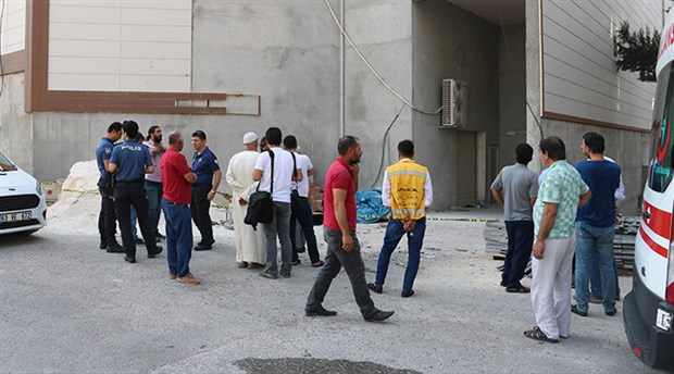 Urfa'da iş cinayeti: İnşaattan düşen işçi yaşamını yitirdi