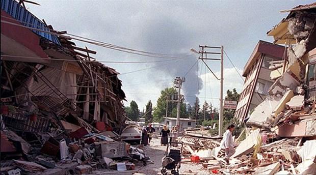 1 yıllığına getirilen deprem vergisi 20'nci yaşına girdi: Adalet ve Kalkınma 'Vergisi'