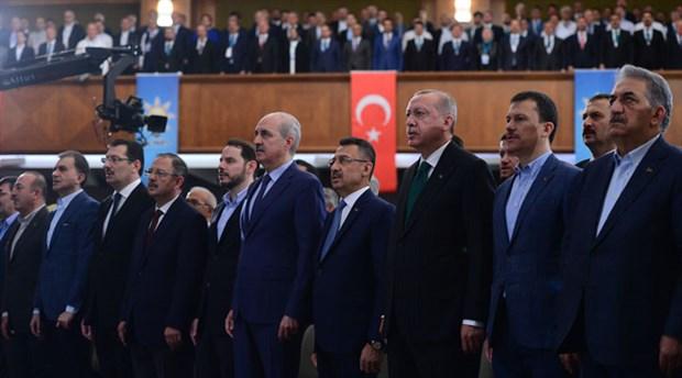 """""""AKP'lilerin bir kısmı partilerini kambur olarak görmeye başladı"""""""