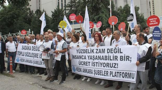"""KESK zam teklifini protesto etti: """"Hükümet kamu emekçileri ile alay ediyor"""""""