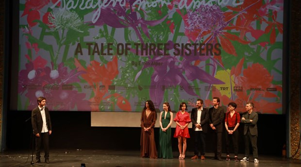 Kız Kardeşler, Türkiye vizyonu öncesinde Saraybosna'da