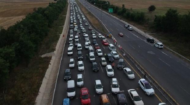 Kocaeli Valiliği'nden Anadolu yolu açıklaması: 21.00- 06.00 saatlerinde ulaşıma kapalı olacak