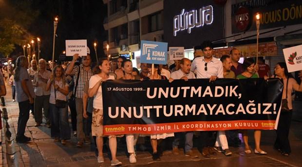 Marmara Depremi'nin yıl dönümünde meşaleli yürüyüş