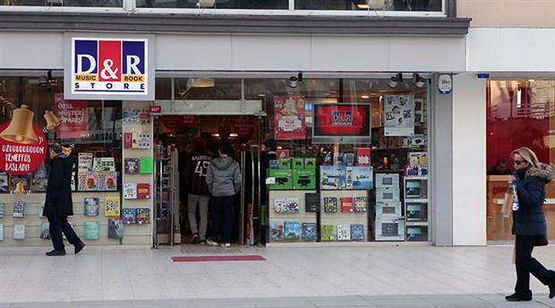 D&R'dan bir sansür haberi daha: Raftaki kitaplar toplatılıp depoya kaldırılmış