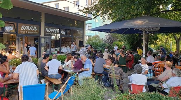 Bavul Cafe, Berlin'de açıldı