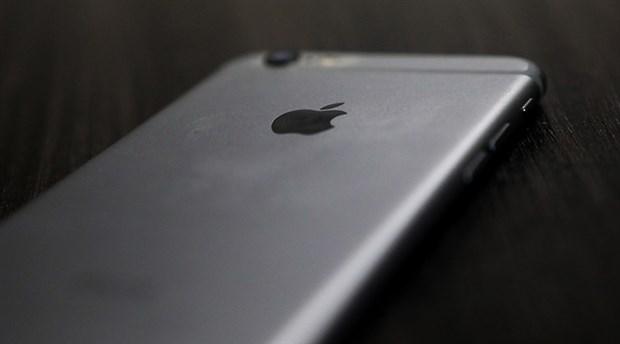 Apple piyasaya ucuz iPhone sürecek