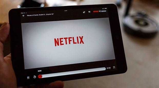 Netflix tek seferde yayın stratejisinden vazgeçiyor