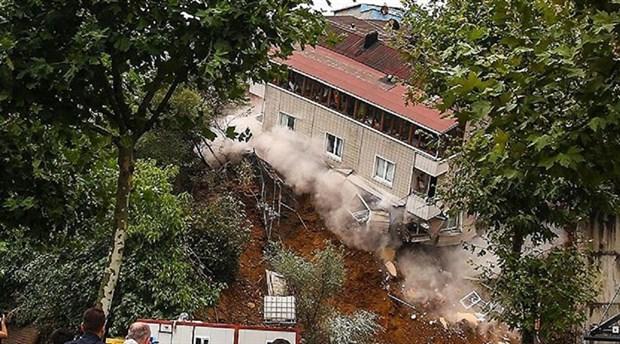Sütlüce'de evleri yıkılan yurttaşlardan Arda Turan'a dava
