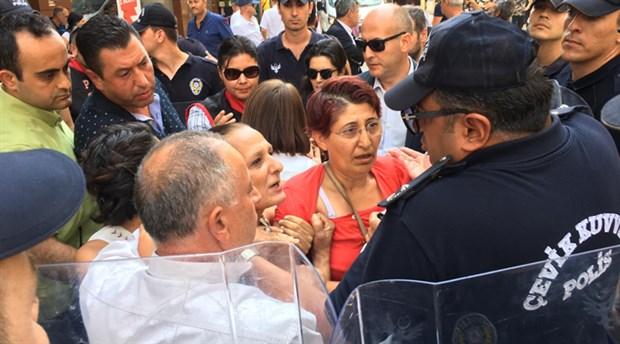 İzmir'de kayyum protestosu: Çok sayıda kişi gözaltına alındı