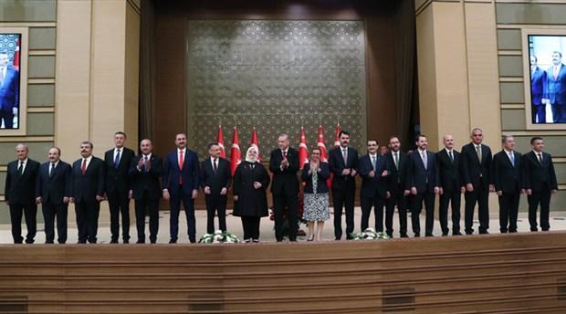 AKP'li yazardan 'kabine değişikliği' sinyali: 'Kulisler çalkalandı'