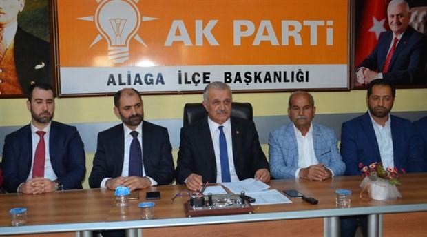 AKP Aliağa İlçe Başkanı Sayın ve 7 yönetici istifa etti