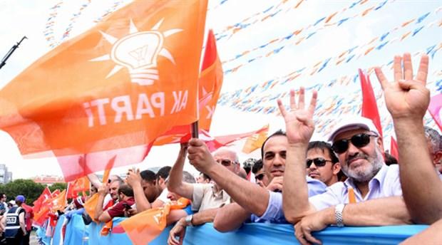 Davutoğlu'nun ardından AKP'de istifalar başladı: İki eski vekil istifa etti