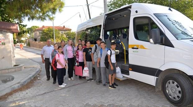 Menemen Belediyesi'nin ücretsiz öğrenci servis hizmeti başladı