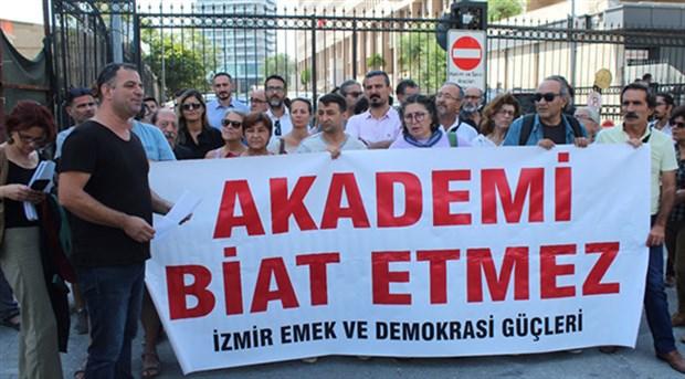 İzmir'de 8 Barış Akademisyeni beraat etti